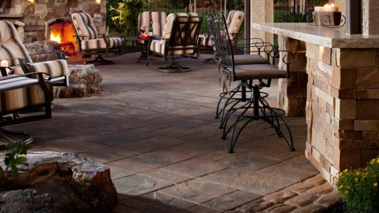 How to Choose a Paver Stone Collection—Natural vs. Antique vs. Classic